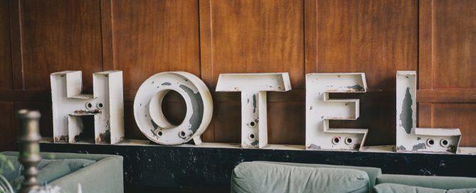 letras hotel